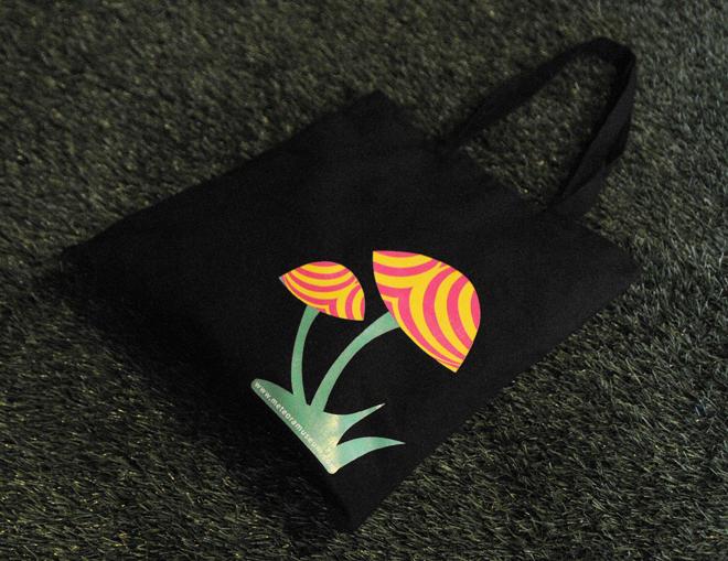 Μαύρη τσάντα μανιτάρι – ρουχισμός, αναμνηστικά δώρα