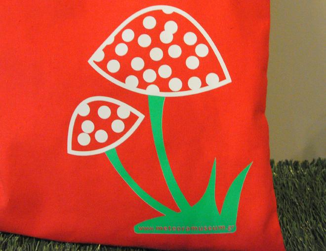 Τσάντα κόκκινι με μανιτάρι - αναμνηστικά δώρα και γυναικεία αξεσουάρ