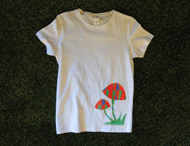 T-shirt γυναικείο / ανδρικό μανιτάρι με τριγωνικά μοτίβα